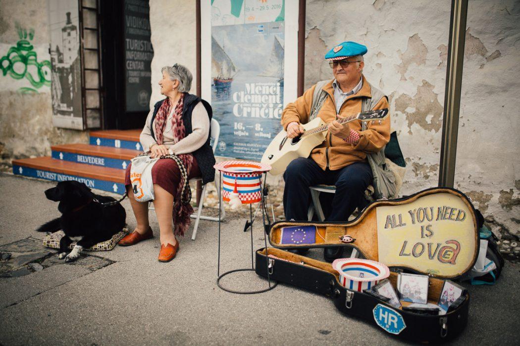 ulični svirač